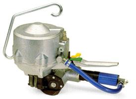 Pneumatický páskovač CR26A